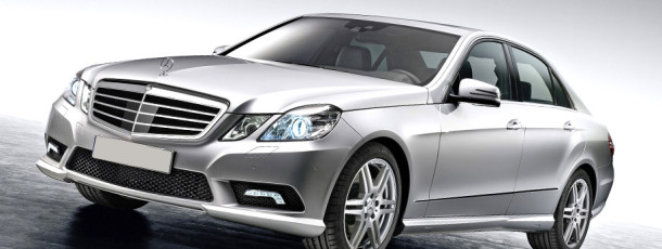 2010-Mercedes-Benz-E-Class-E350-Sedan-11